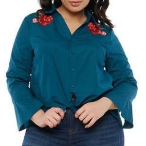 Plus Size Top with Floral Patches NWOT